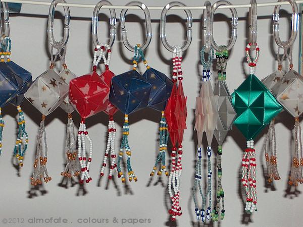 @ Almofate - Origami Christmas Decorations _ Decorações de Natal