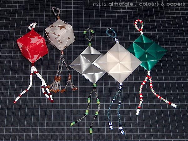 @ Almofate - Origami and Beads Christmas Decorations _ Decorações de Natal em Origami e Missangas