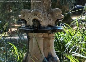 @ Almofate - Fountain in the garden _ Fonte no jardim